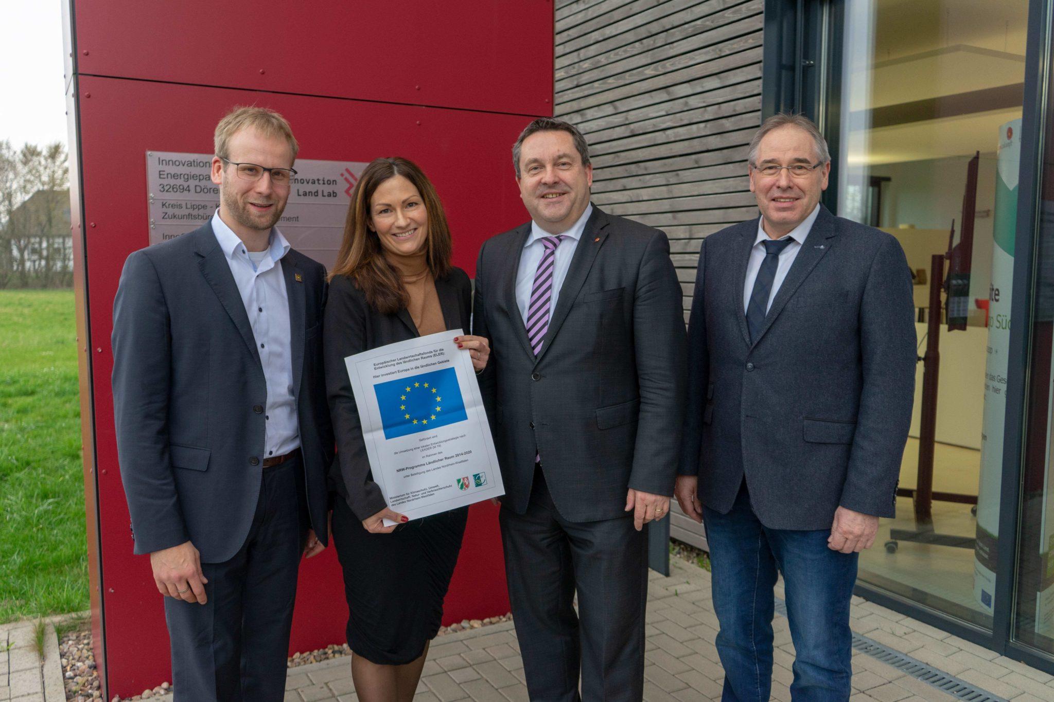 """""""REBIRTH active school"""" weiterentwickelt: Kreis Lippe und LEADER-Region Nordlippe fördern innovatives Bewegungsprojekt an Schulen"""